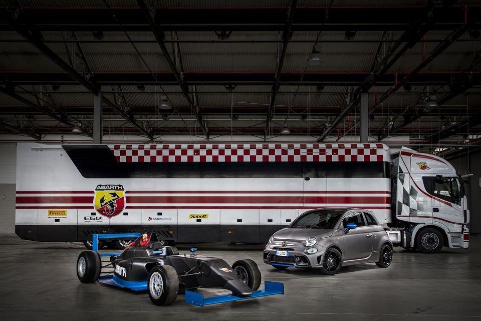 Auto - News: Abarth F595: dalla Formula 4 alla strada