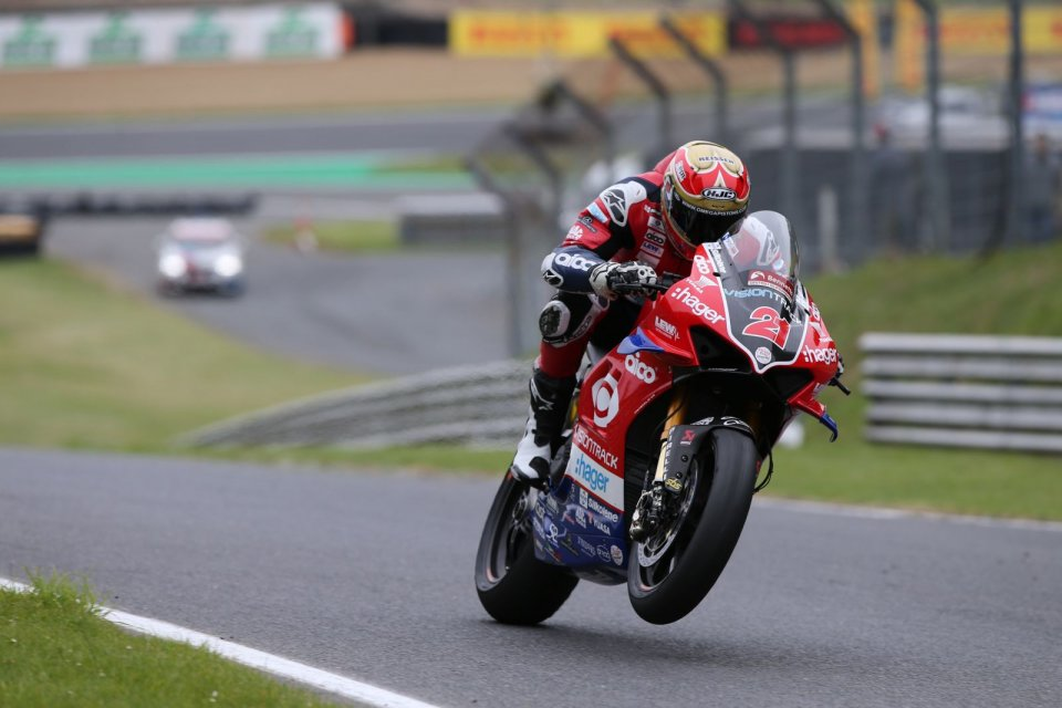 SBK: BSB Brands Hatch: Christian Iddon and Ducati win chaotic Race 3