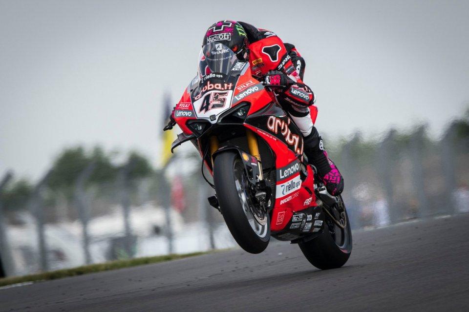 SBK: Redding e la Ducati piegano Rea e la Kawasaki nella FP1 di Assen