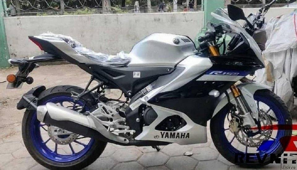 Moto - News: Yamaha R15, nuove foto spia della piccola sportiva
