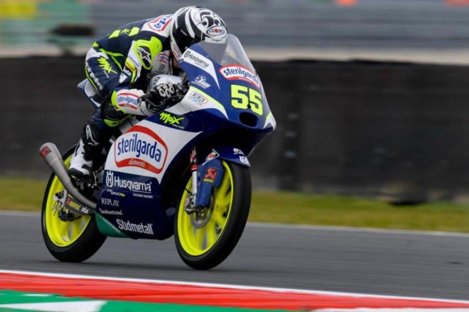 Moto3: Fenati ritrova la pole in Austria dopo 4 anni, 7° Acosta