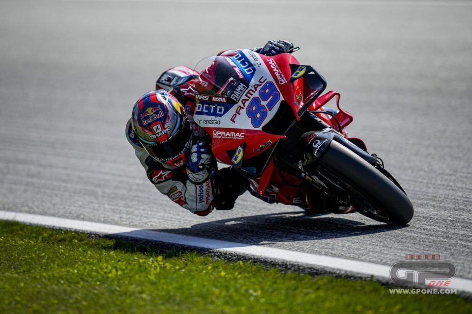 MotoGP: Martin in pole guida l'attacco Ducati e precede Bagnaia. Quartararo 3°