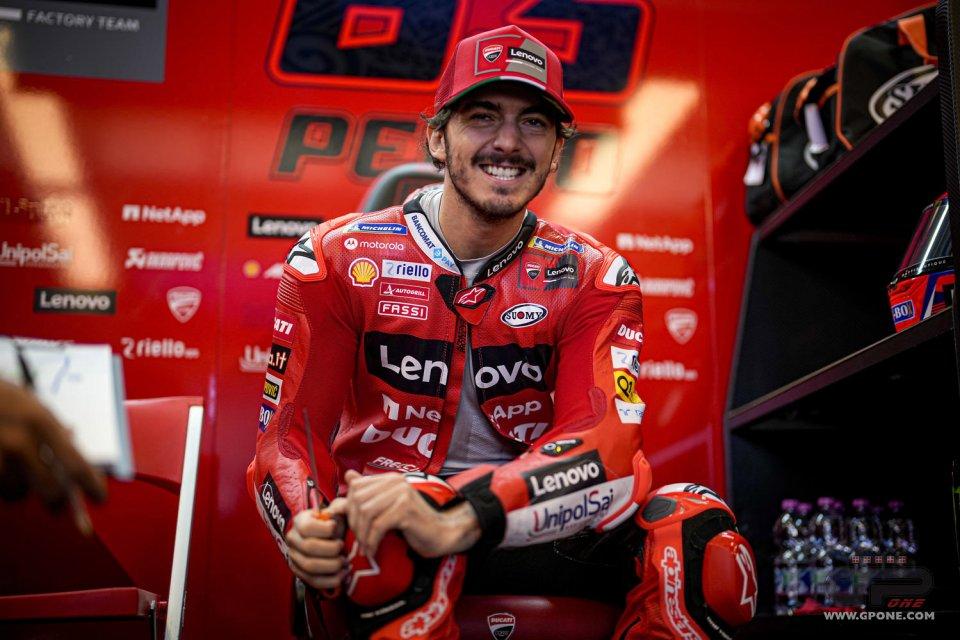 "MotoGP: Bagnaia: ""Martìn turns the Ducati into a Suzuki or a Yamaha in corners"""
