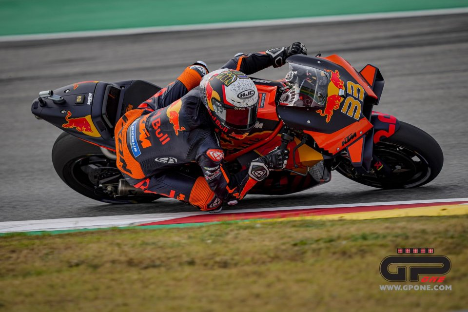 MotoGP: KTM unhappy after Binder's 4th place: maybe new Michelins for the Austrian GP