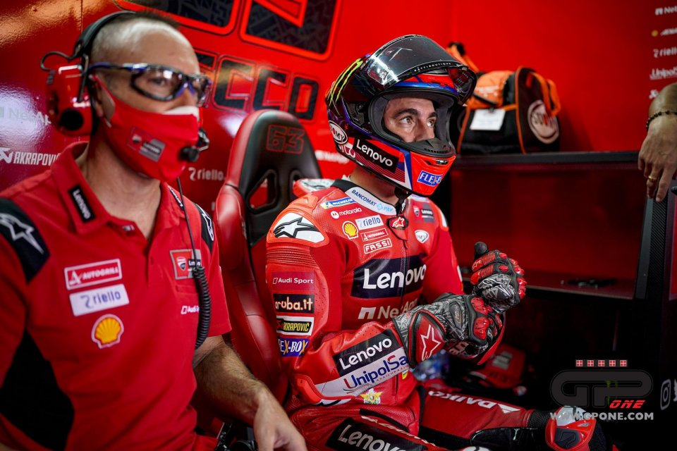 """MotoGP: Gabarrini: """"With his victory against Marquez Bagnaia is now in an exclusive club"""""""