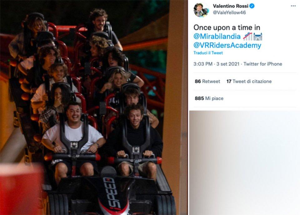 MotoGP: Valentino Rossi torna bambino con i ragazzi dell'Academy a Mirabilandia