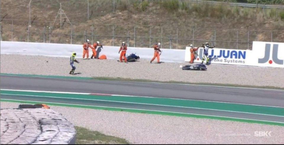 SBK: Paura a Barcellona: commissario colpito da una moto finisce in Ospedale!