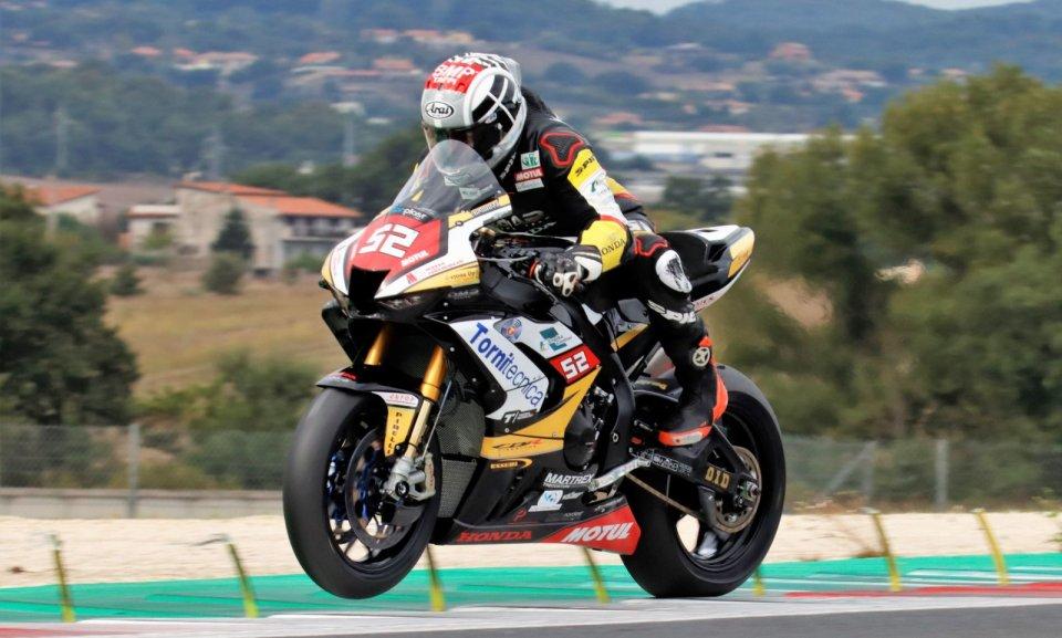 """SBK: Delbianco """"rullo compressore"""" nella QP1 del CIV Superbike a Vallelunga"""