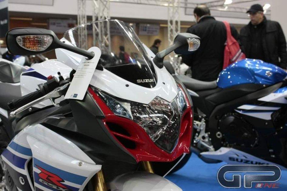 Suzuki tra strada e pista al Motodays