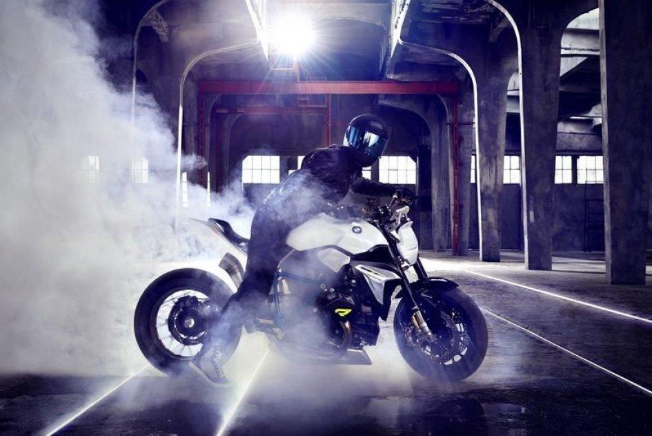 Concept Roadster: la nuova via di BMW