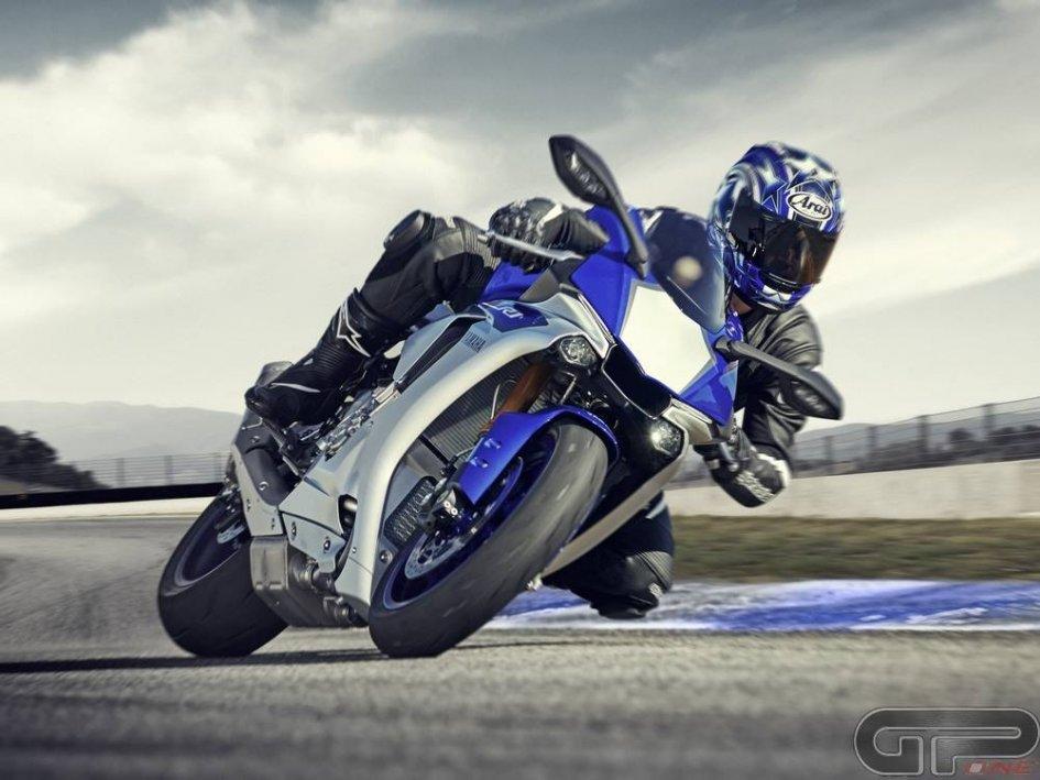 Yamaha YZF-R1M, nel prezzo c'è Edwards!