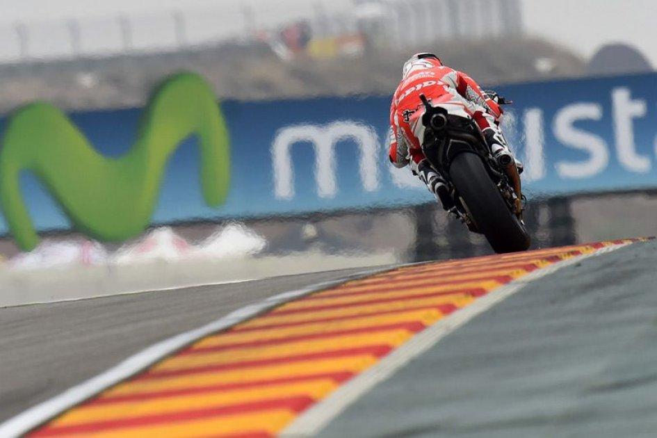 Ducati, la GP 15 debutterà a Sepang 2