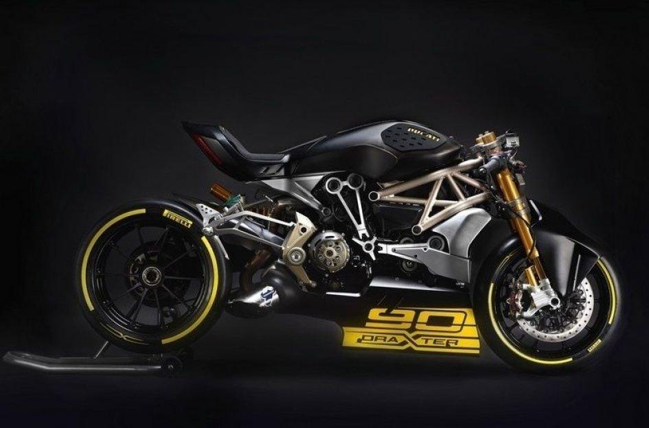 Ducati, la grinta della draXter al Motor Bike Expo