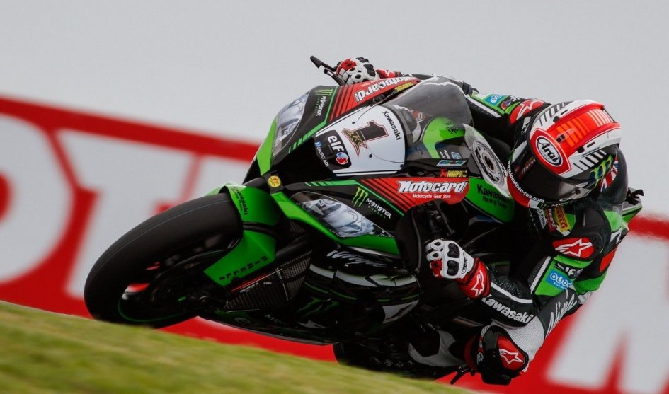 SBK Race1: Win number four for Rea