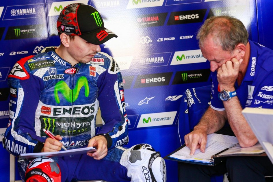 Lorenzo: Rossi's pole position? Like copying at school