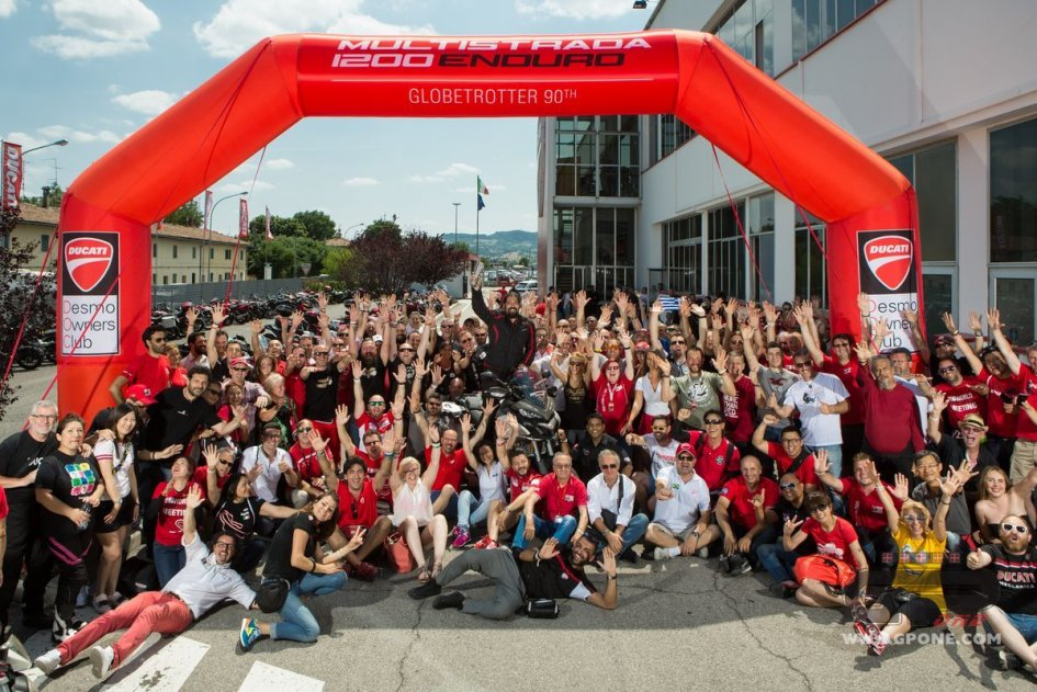 """""""Ducati Globetrotter 90°"""" departs from Borgo Panigale"""