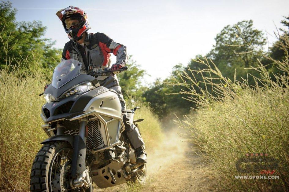 Dakar: Casey Stoner trains for Dakar with Beppe Gualini