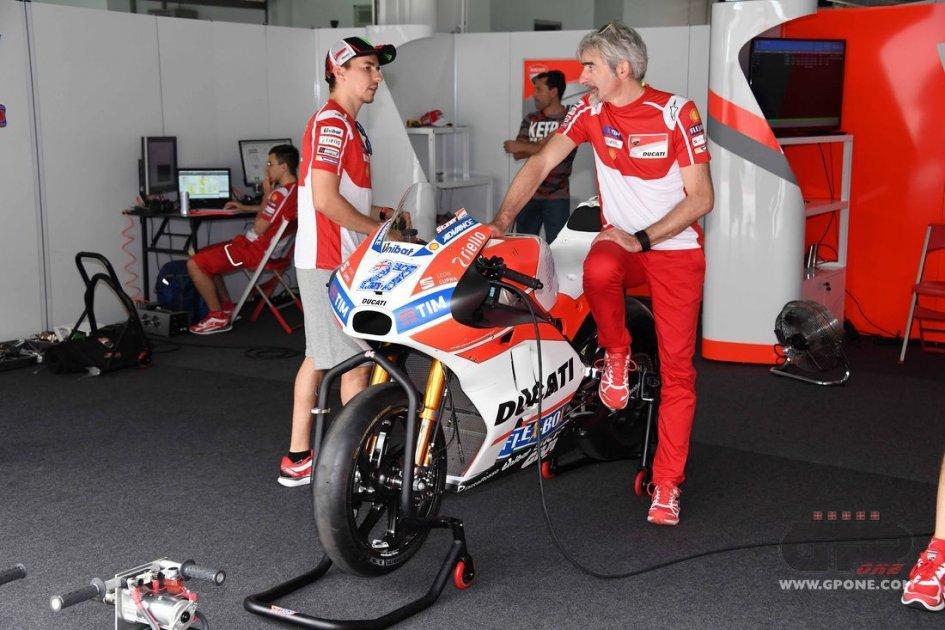 MotoGP: Dall'Igna: l'assenza di ali la causa dei problemi della GP17