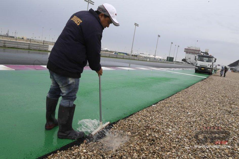 Vinales si prende subito il Gp del Qatar. Dovizioso secondo, Rossi terzo