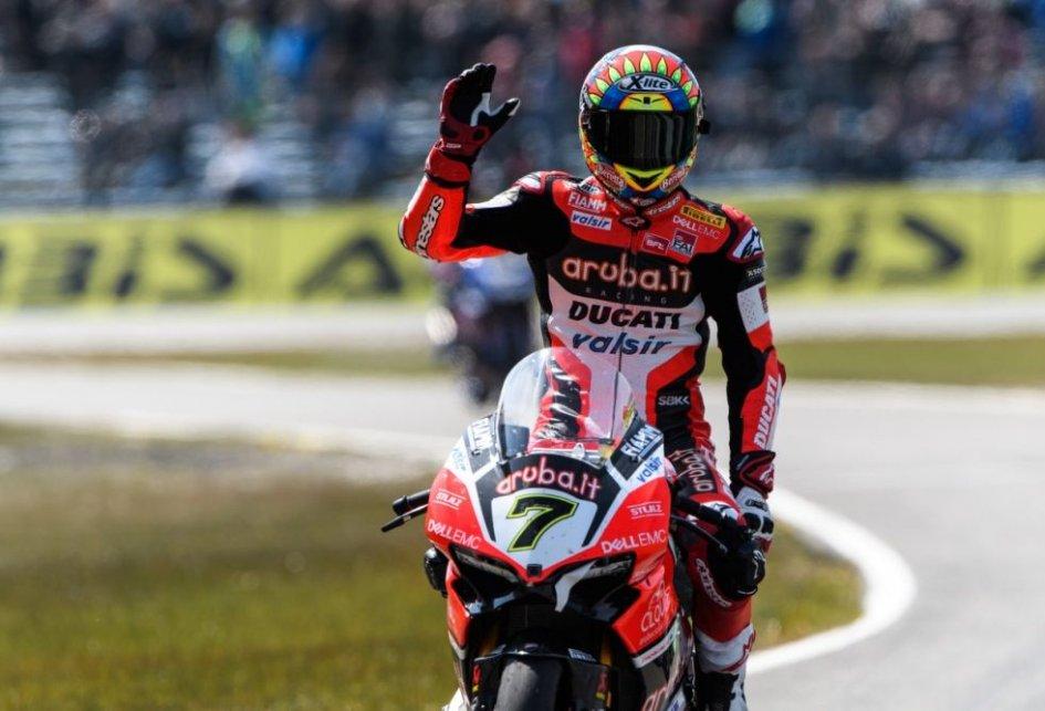 SBK news, ecco il casco di Melandri per il GP di Imola