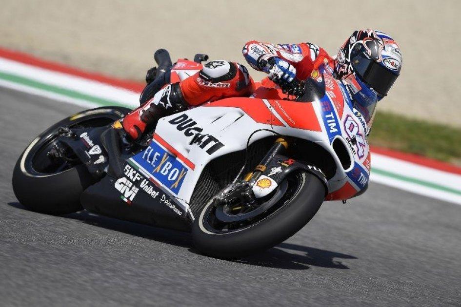 MotoGP: Dovizioso fa impazzire il Mugello, è trionfo al GP d'Italia