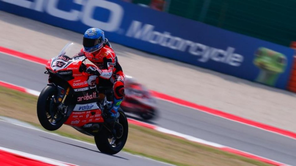 Misano WorldSBK: Melandri takes first win of 2017