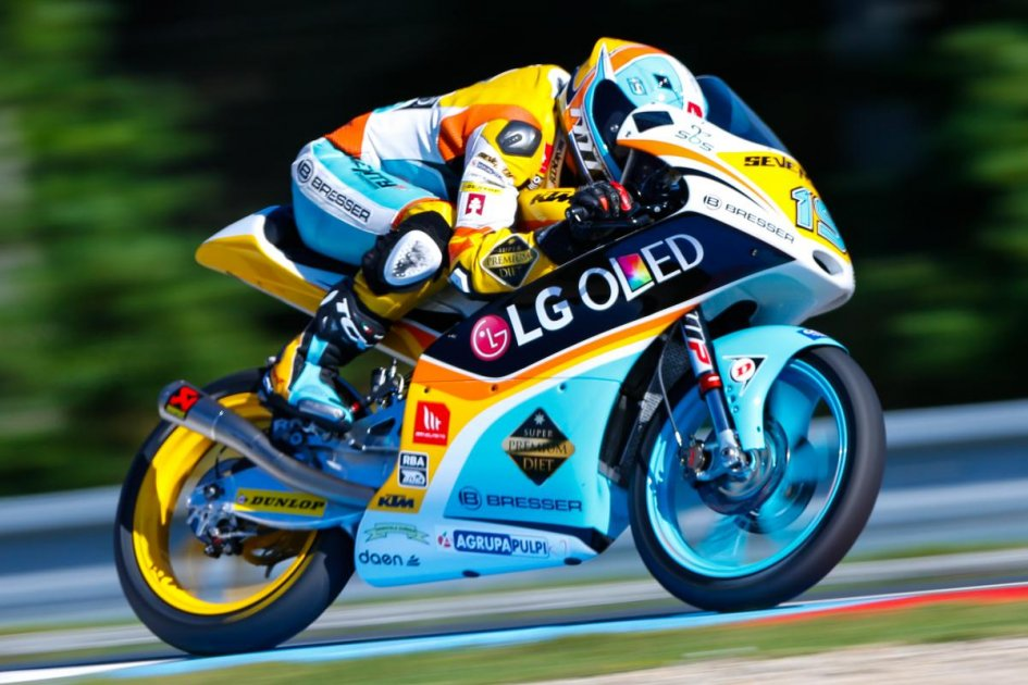 Moto3: Rodrigo takes surprising pole at Brno