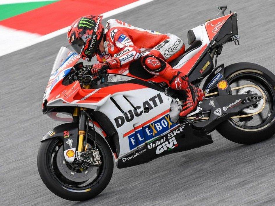 MotoGP: Lorenzo: Dovizioso has more experience than I do with the Ducati