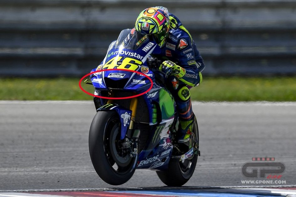 MotoGP: Rossi e Vinales con la nuova carena Yamaha