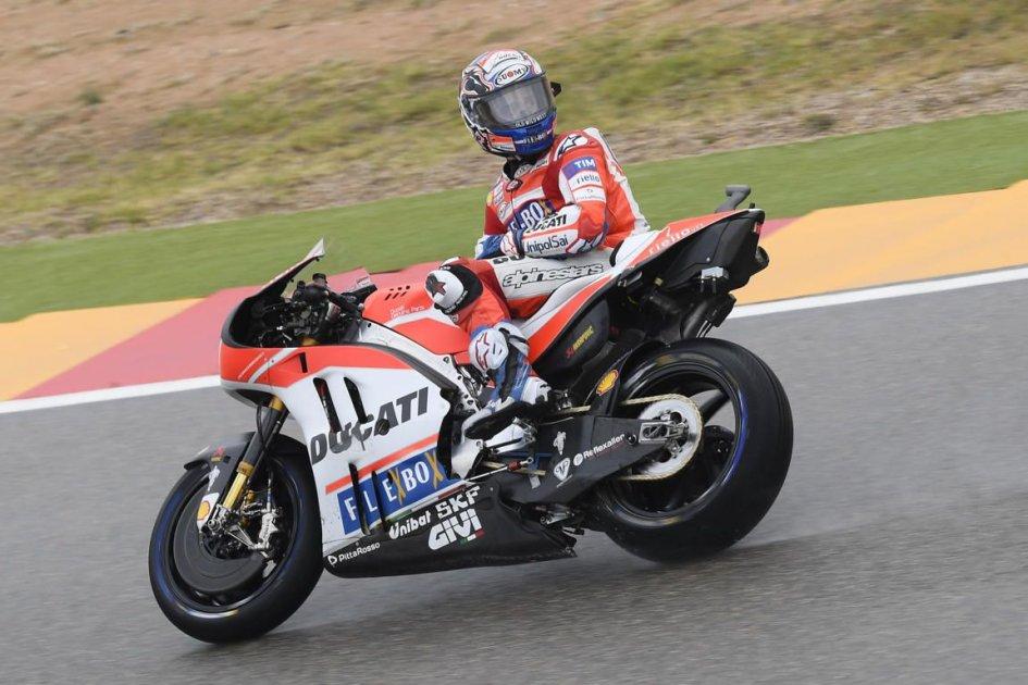 MotoGP Aragon, Valentino Rossi è sceso in pista