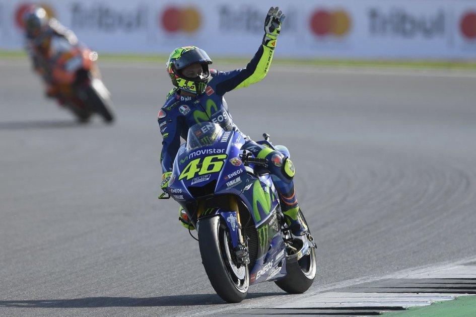 MotoGP: Miracolo Rossi, prima fila ad Aragon, pole a Vinales