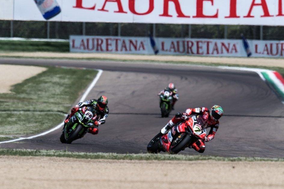 SBK: Il duello Sykes-Davies accende i riflettori a Jerez
