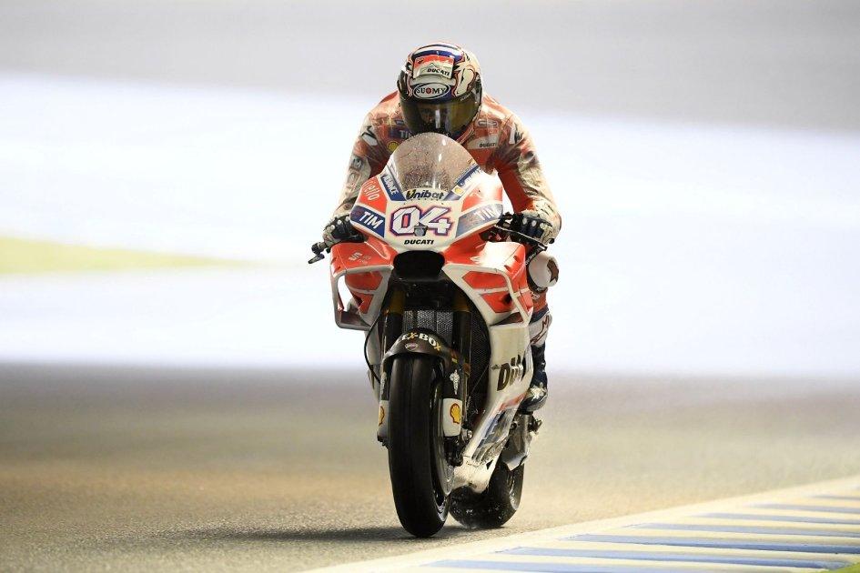 MotoGP: Pazzo Dovizioso, piega Marquez all'ultima curva