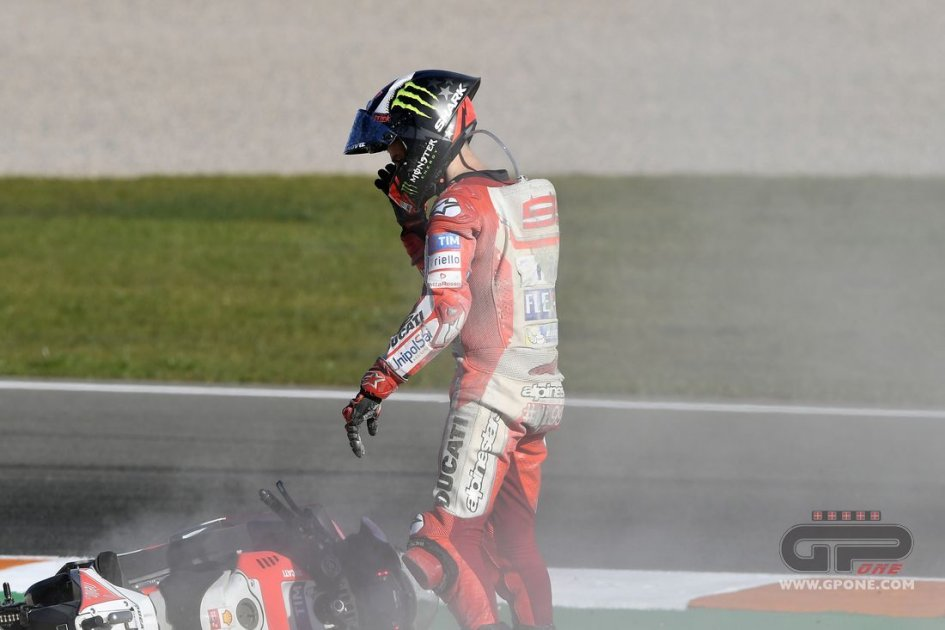 "MotoGP: Lorenzo: ""I stayed ahead to give Dovizioso a tow"""