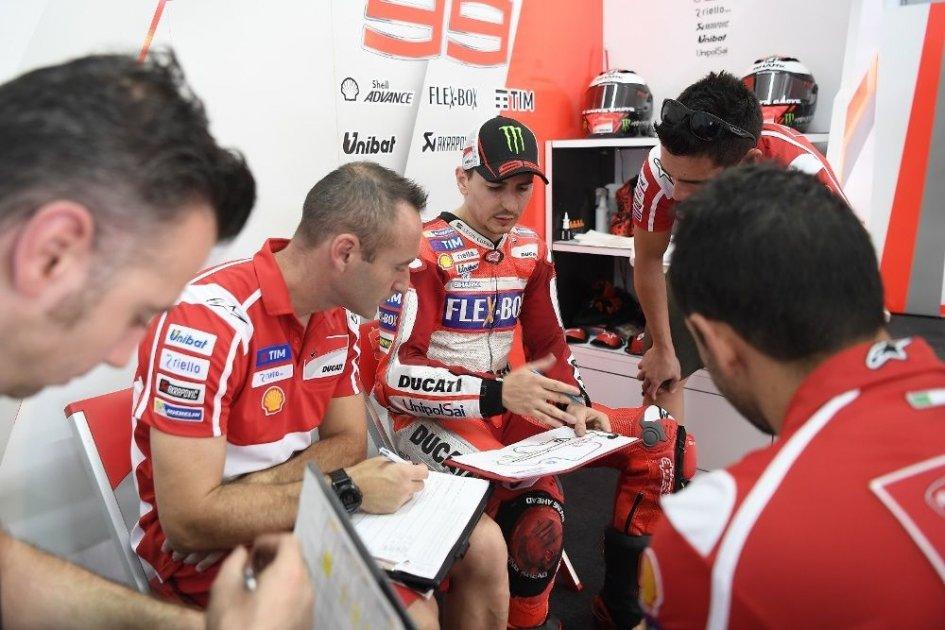 """MotoGP: Lorenzo: """"Dovi e Marc sono veloci, ma non così lontani"""""""