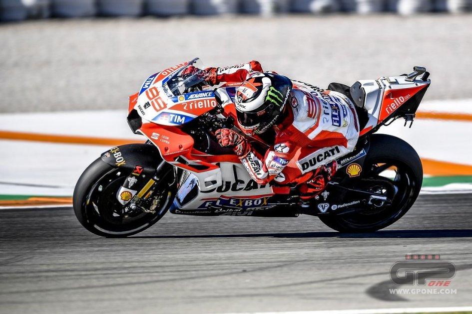 """MotoGP: Lorenzo: """"Siamo in ritardo con la nuova moto"""""""