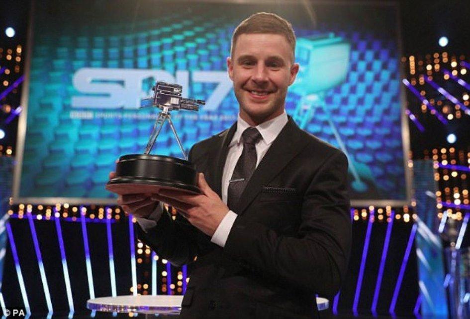 SBK: UK: Rea batte Hamilton nella classifica sportivi dell'anno