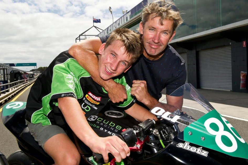 SBK: Bayliss torna a correre a 49 anni nell'ASBK