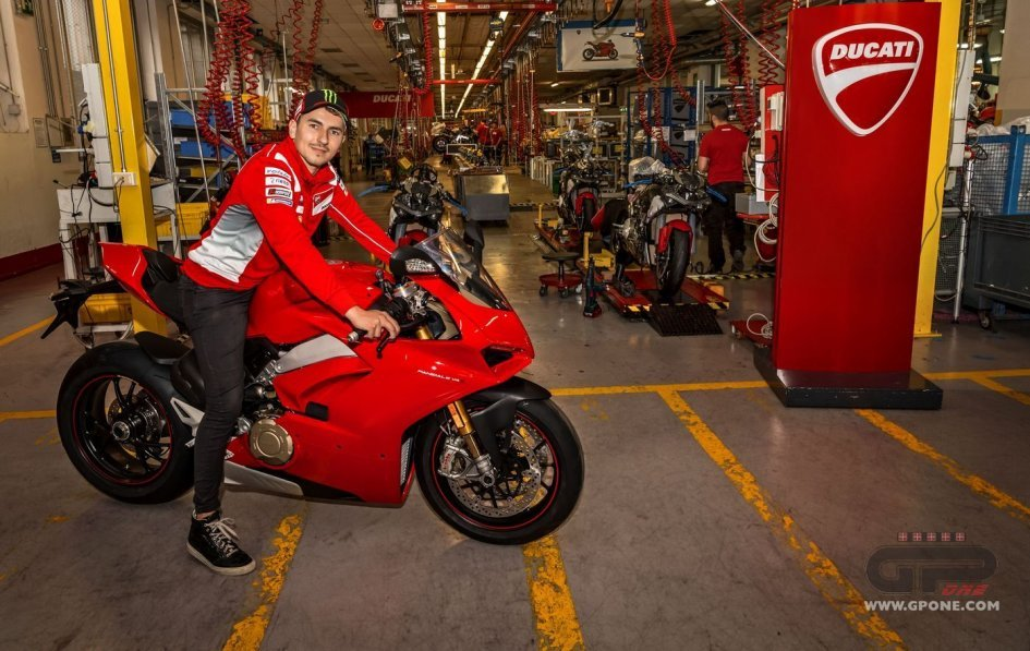 News Prodotto: Ducati Panigale V4 had already been delivered!