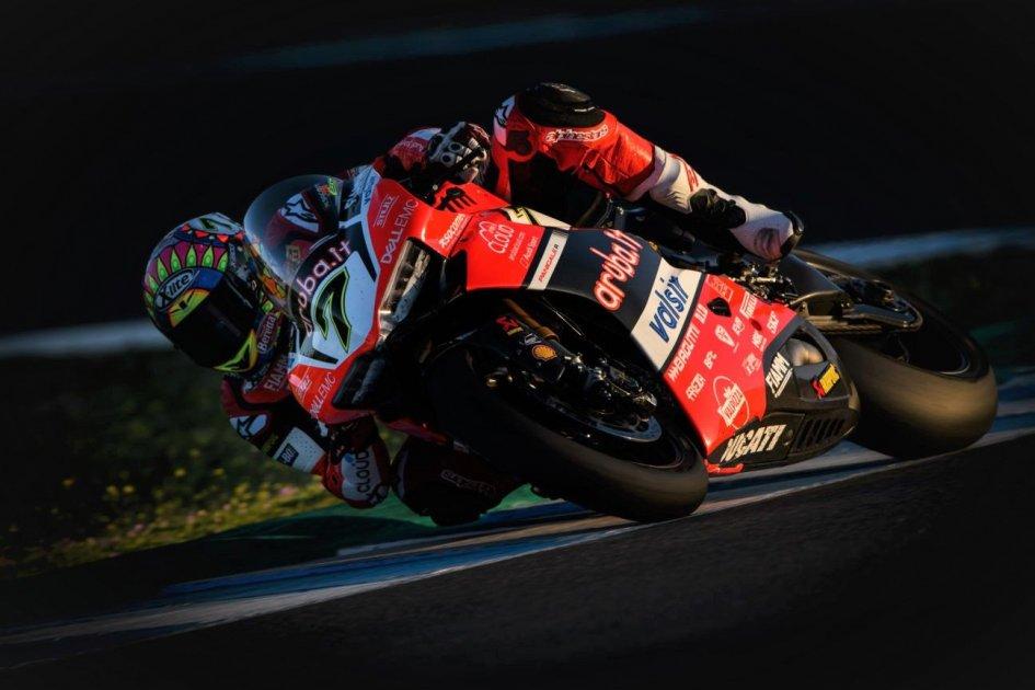 SBK: Nei test di Jerez faticano le Ducati