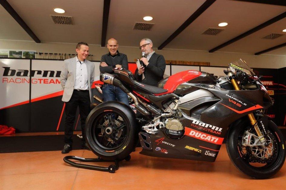 SBK: Barni: svelata la Ducati V4 per il National