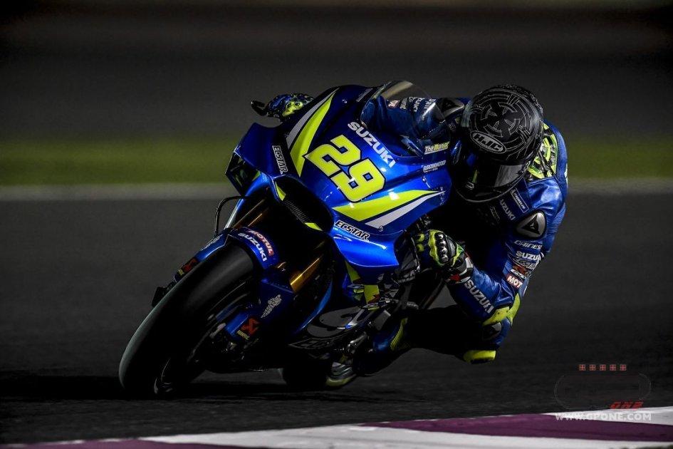 MotoGP: Andrea's law in Qatar: Iannone 1st, Dovizioso 2nd