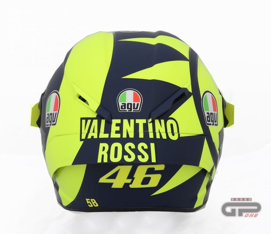 MotoGP: Valentino Rossi: it's a 70s helmet, less is better
