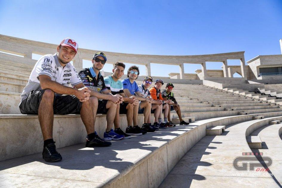 MotoGP: I piloti della MotoGP turisti per caso a Doha