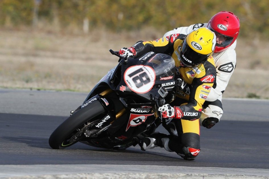 SBK: Passenger to a real race rider? In MotoAmerica you can
