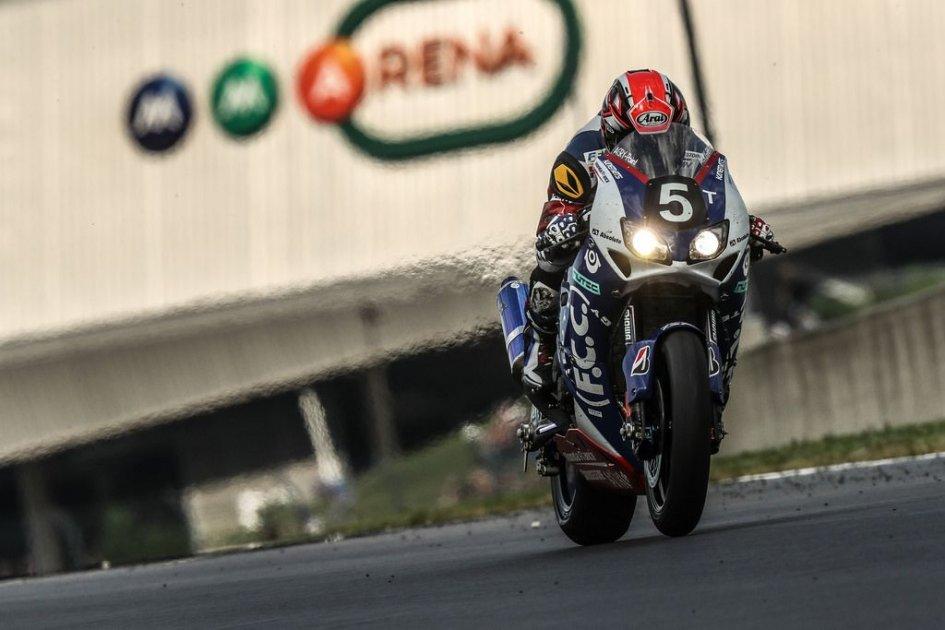SBK: Honda spara la doppietta alla 24 Ore, 10° Canepa