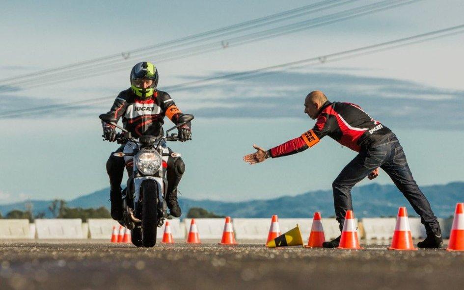 News Prodotto: WDW 2018: corsi di guida e test ride con Ducati e Scrambler