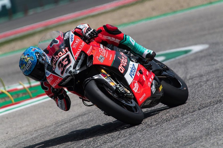 SBK: Melandri: Ducati ha fatto un passo avanti, Kawasaki... due