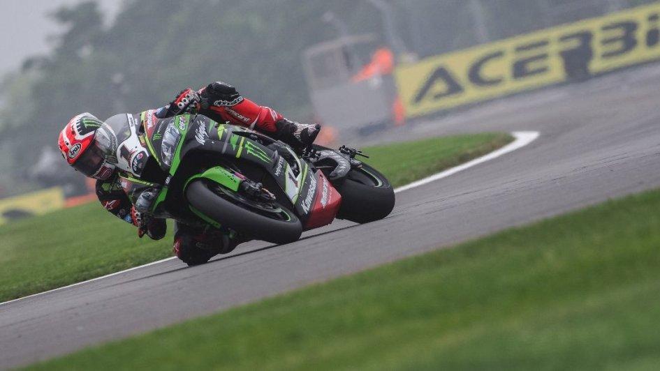 SBK: Rea on top, Ducati in difficulty, Melandri 10th, a crash for Davies