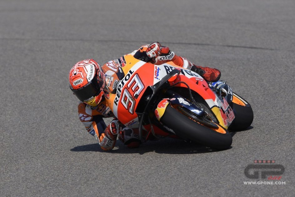 MotoGP: Márquez, Casting out nines: King of the Ring, Rossi 2nd